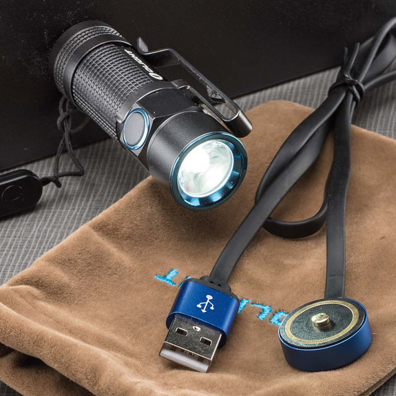 900 Lumen Micro Hi-Tech Flashlight