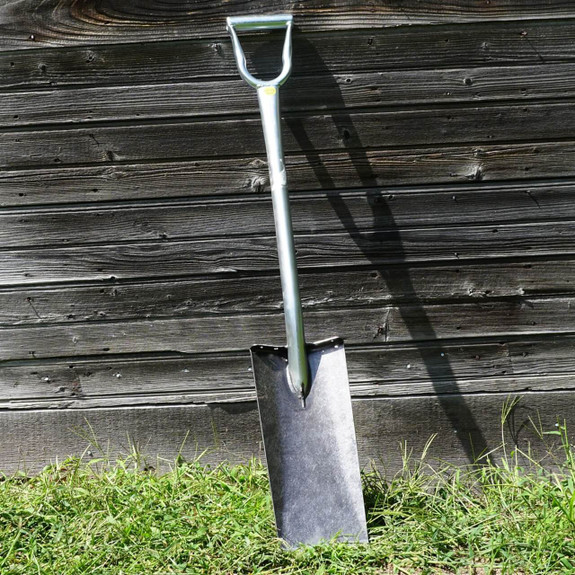 Self-Sharpening Heavy-Duty Straight Spade