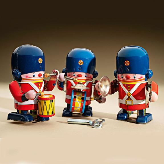 Set of 3 Royal Guardsmen Tin Toys