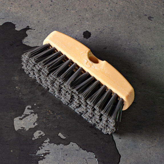 Extendable Brush for Cleaning Siding, Windows, and Vehicles