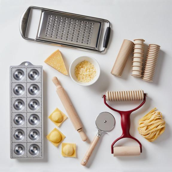 Old-World Pasta Making Set