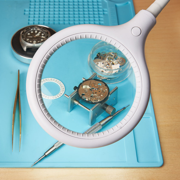 30 SMD LED Magnifying Lamp