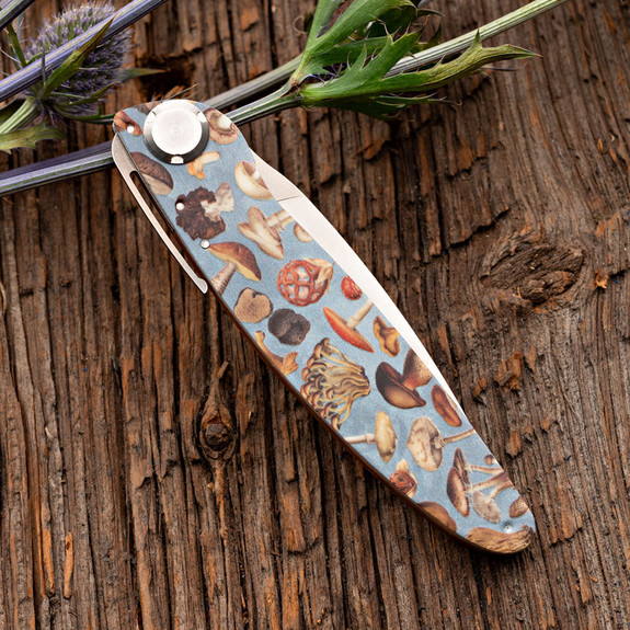 Mushroom Design Folding Knife and Leather Pouch