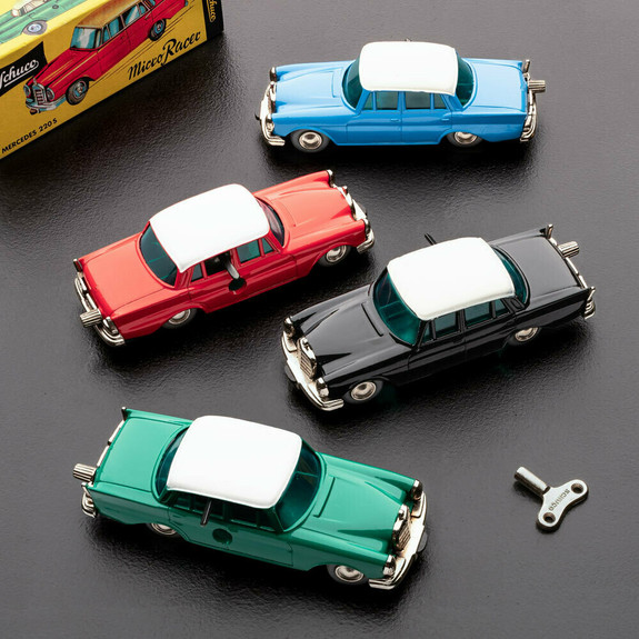 Green/White Mercedes 220-S Model Toy 1:45 Scale