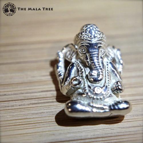 Lord Ganesha Intricate Silver Pendant