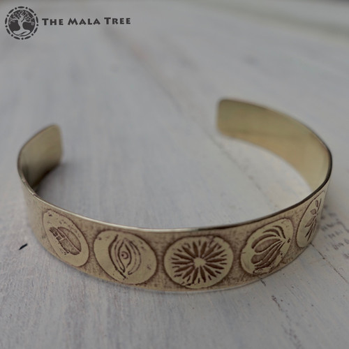 SEVEN CHAKRA SYMBOLS Brass Healing Bangle 2 (Handmade)