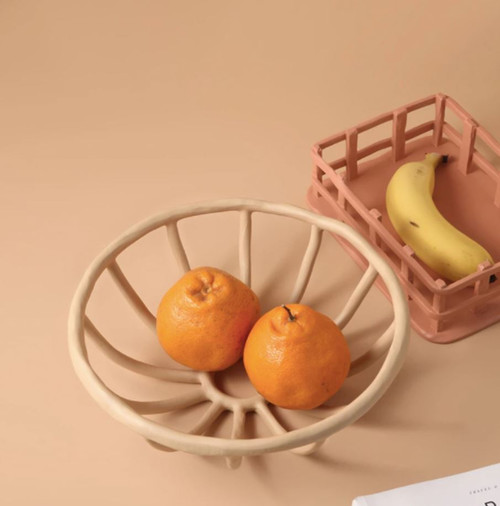 Resin Hollow Fruit Tray