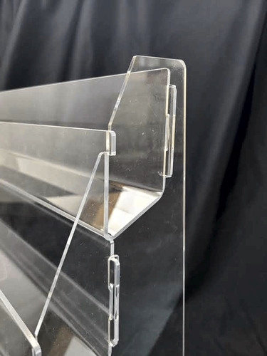 8975 clear four tier card display - detail