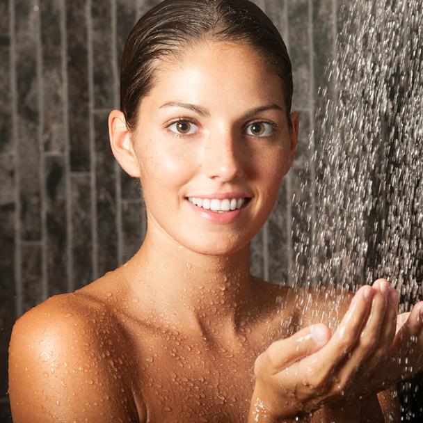 NEW Everydae Essentials Shower & Bath Gel 15ml Tube
