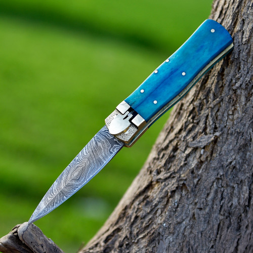 Automatic Lever Lock Blue Light Knife