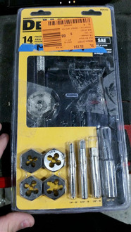 Dewalt Fractional Tap and Die Set