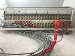 Lucent DIXI-3 Chassis 24x DIXI-3-Y2-ST1 modules installed Rack Ears Cable Rings