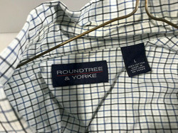Roundtree and Yorke Long Sleeve Button Up Large