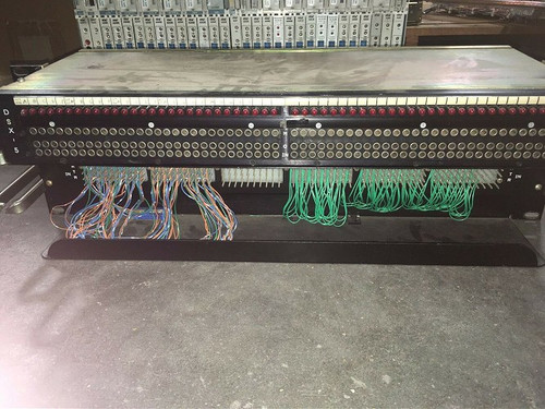 ADC 4-24419-0010 DSX-BEST-56 Patch Panel rear Cross Connect Bantam W/ Rack