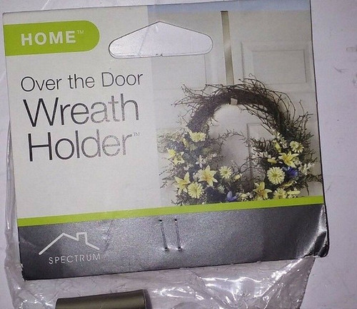 Over the Door Deluxe Wreath Holder