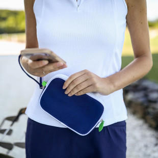 Ame & Lulu Sport Wristlet (4 colors)
