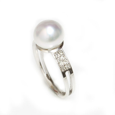 South Sea Pearl & Diamond Sincere Ring 9 - 10 MM White AAA