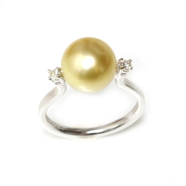 South Sea Pearl & Diamond Promise Ring 10 mm AAA Golden
