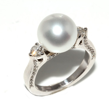 South Sea Pearl & Diamond Engagement Ring 10 MM AAA Flawless 1