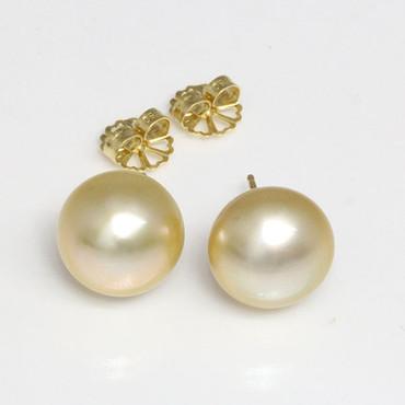 South Sea Pearl Stud Earrings 18kt 14 MM Golden AAA