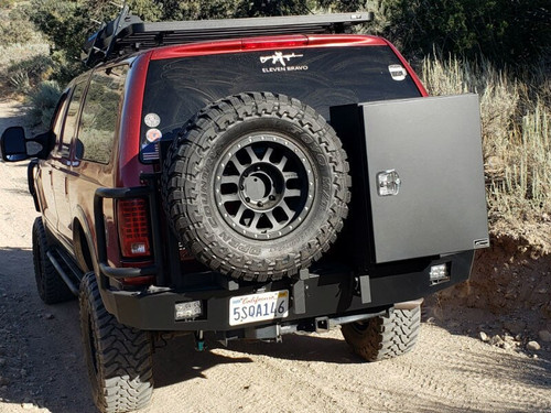Aluminess Rear Bumper - Ford Excursion '99 to '05 with spare tire carrier and storage box