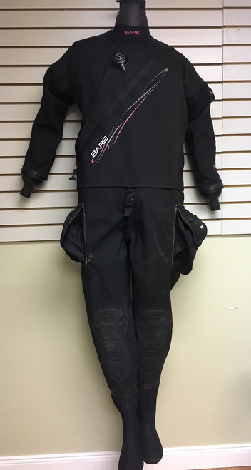 USED - Women's BARE Trilam Tech Dry Large + accessories