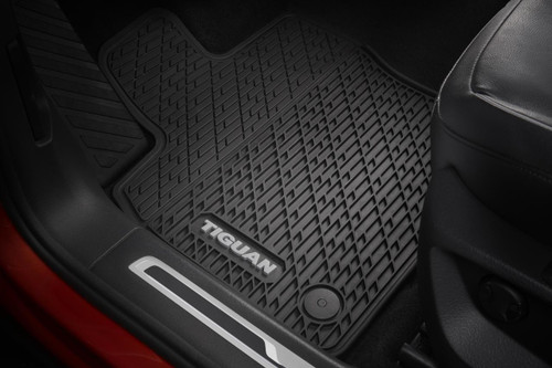 VW Tiguan Rubber Floor Mats