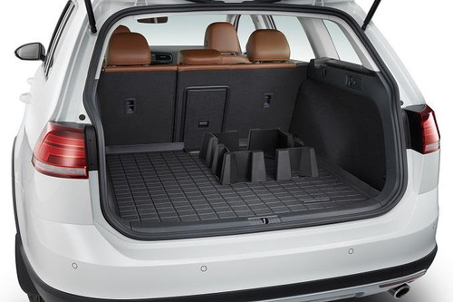 VW Golf SportWagen Rubber Cargo Tray with Containment System