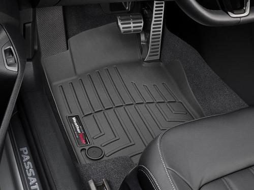 2020-2021 Volkswagen Passat WeatherTech Floor Liners - Front Row
