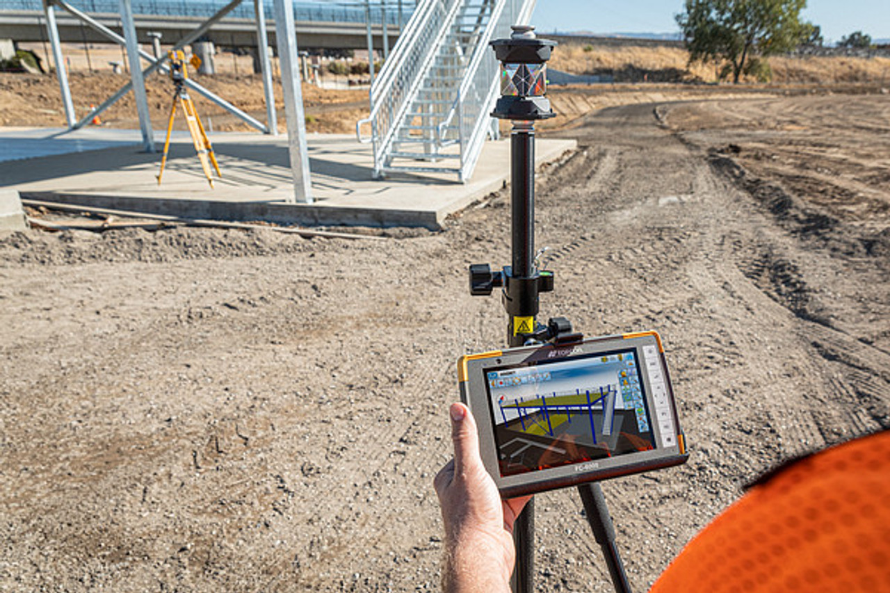 Using the FC-6000 with the Topcon GT is a perfect partnership. Large design files can be imported and viewed within minutes. Stake out points, lines, surfaces and more from your drawings.