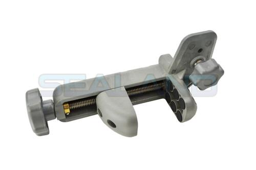 Trimble C45 Clamp for HL450 Receiver