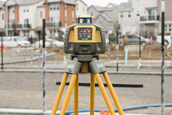 What's the difference between the Topcon LS-80 and LS-100 Laser Receivers?