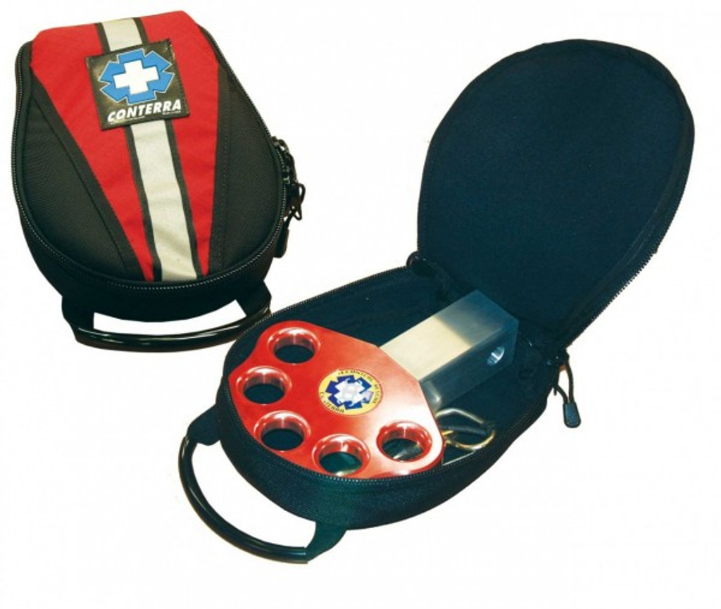 Conterra Hitch-Plate shown with carrying case