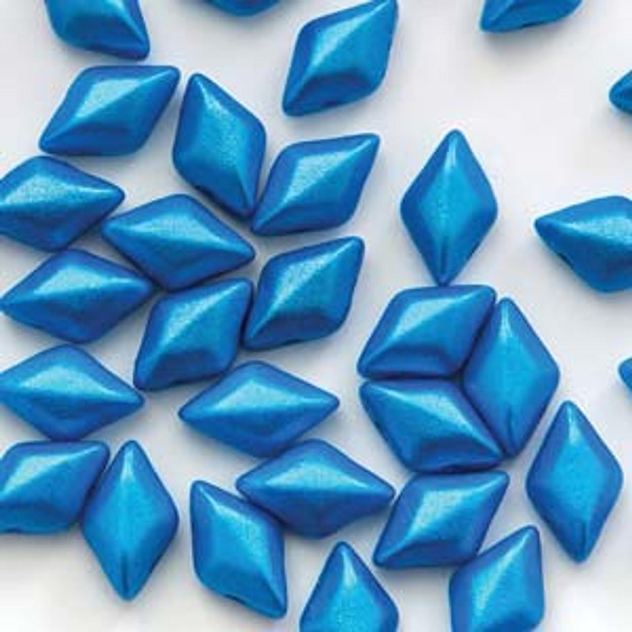 8 Grams 8x5mm Pearl Shine Azuro Gemduo