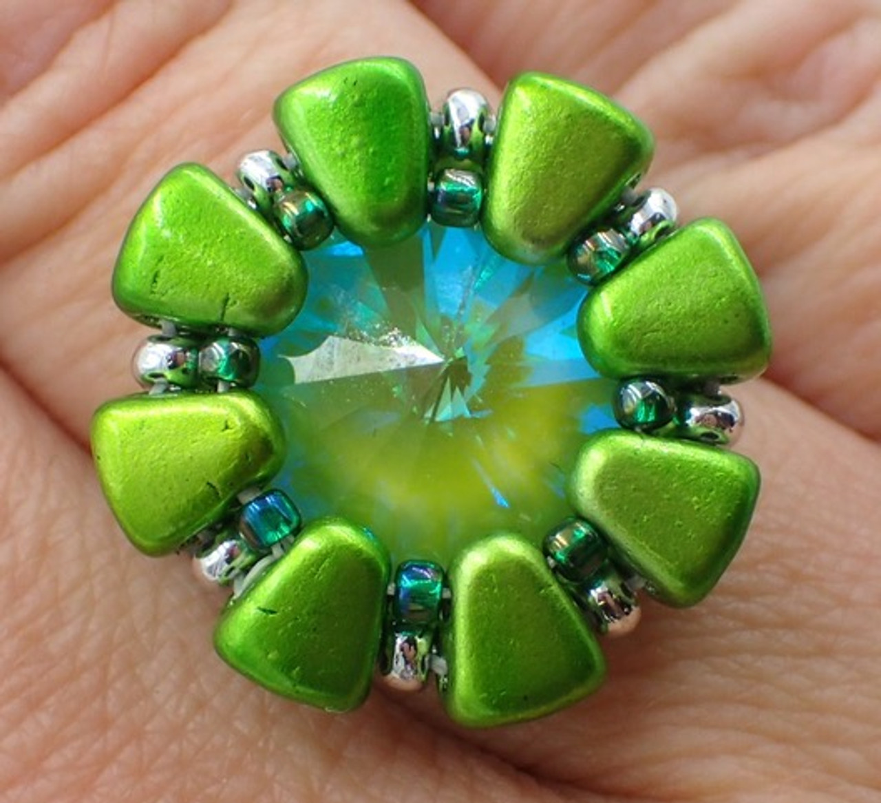Double Daisy Ring  Tutorial  - Instant Download Pattern