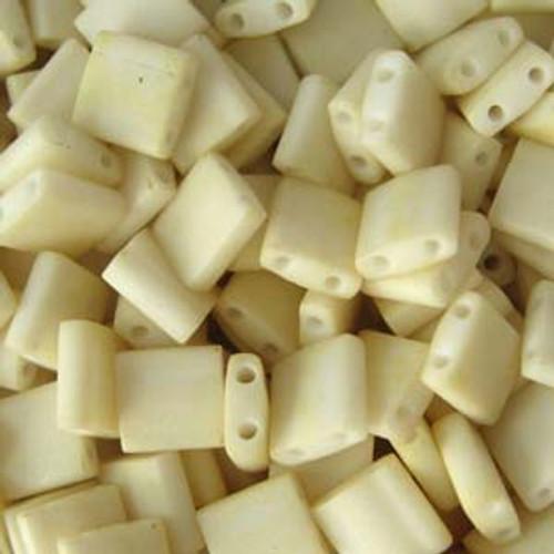 Matte Cream 5mm Tila Beads (TL2021)
