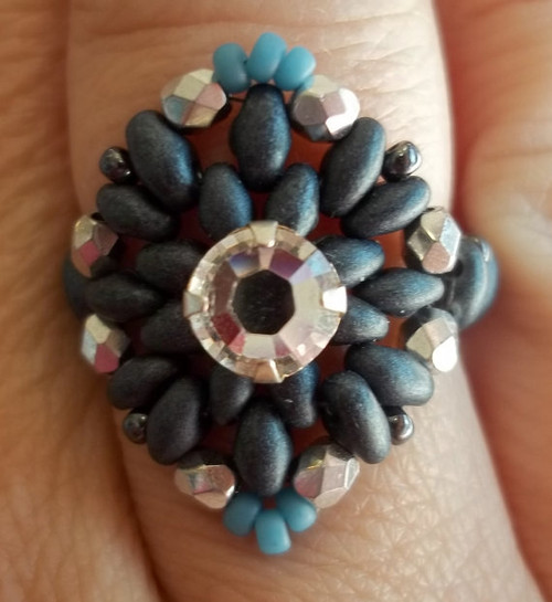 Two Hip to be Squared Ring INSTANT DOWNLOAD Tutorial