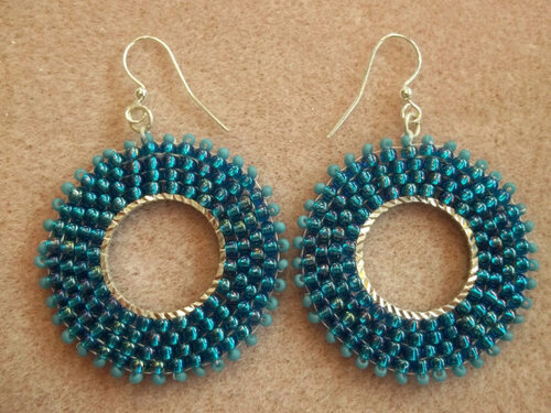 Circular Brick Stitch Earrings Tutorial