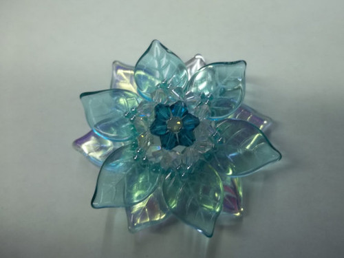 Lady Vera Flower Pendant Tutorial