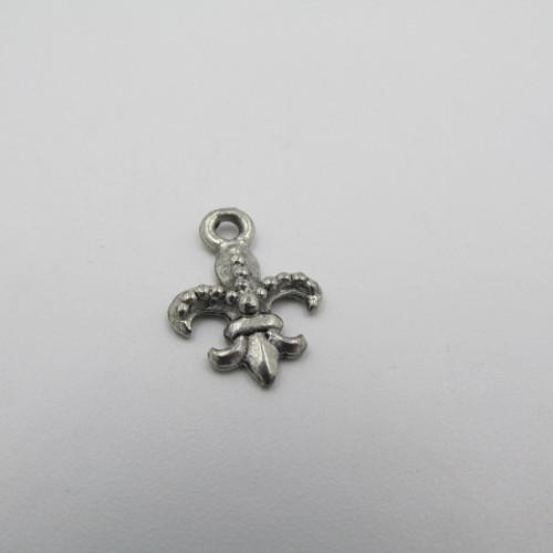 Fleur De Lis Pewter Charm 6758