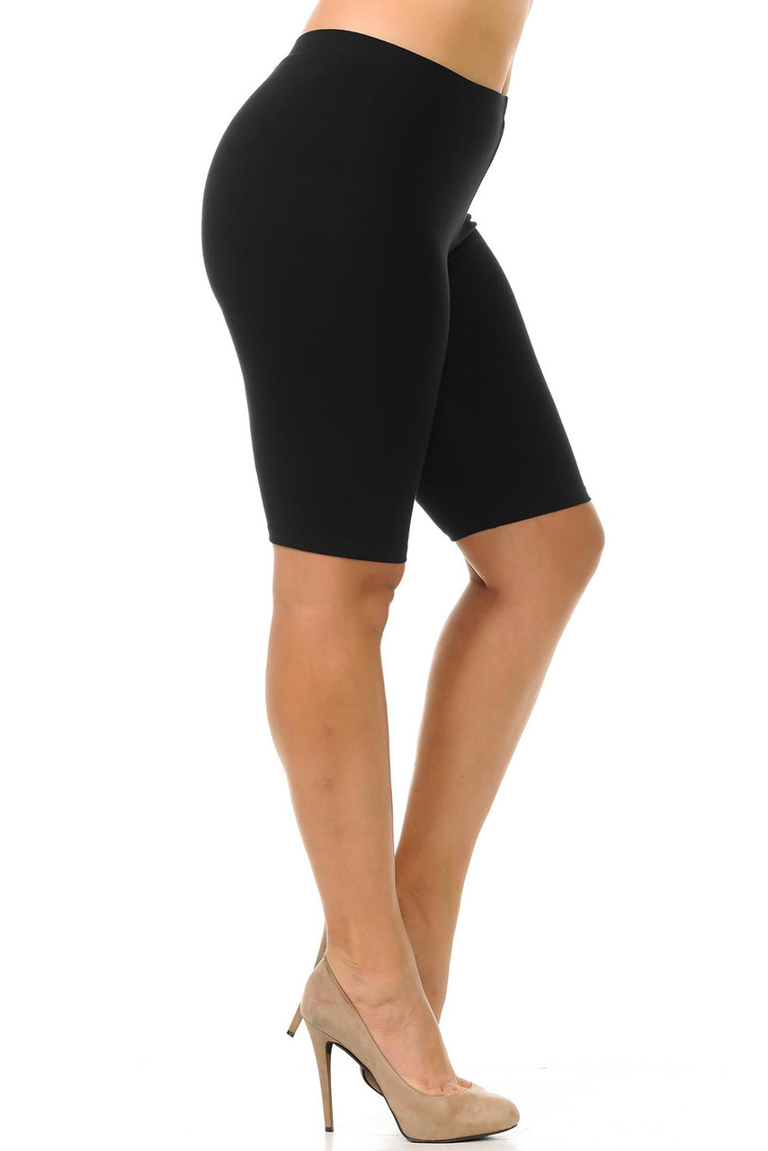 Right side view image of Bermuda length black made in the USA cotton shorts