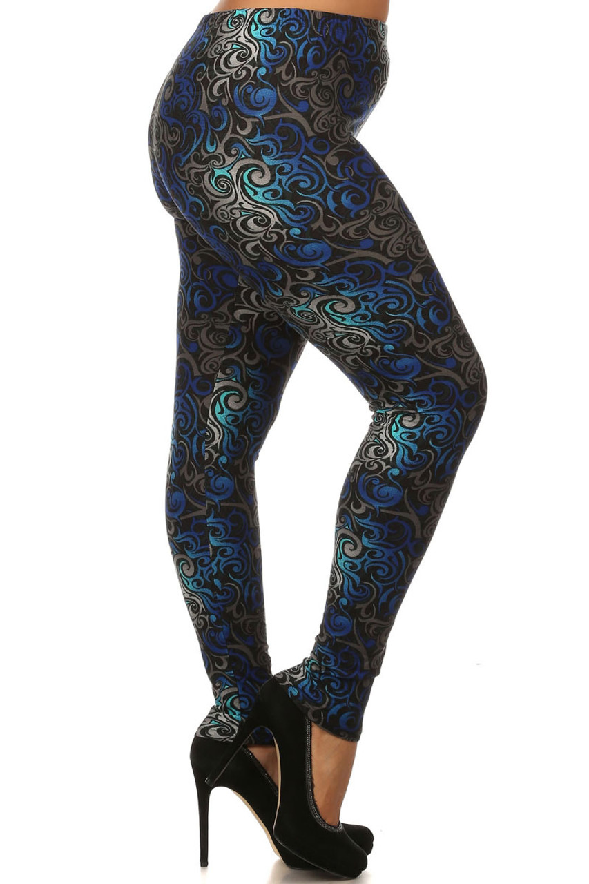 Right leg side image of Plus Size Blue Tangled Swirl Leggings