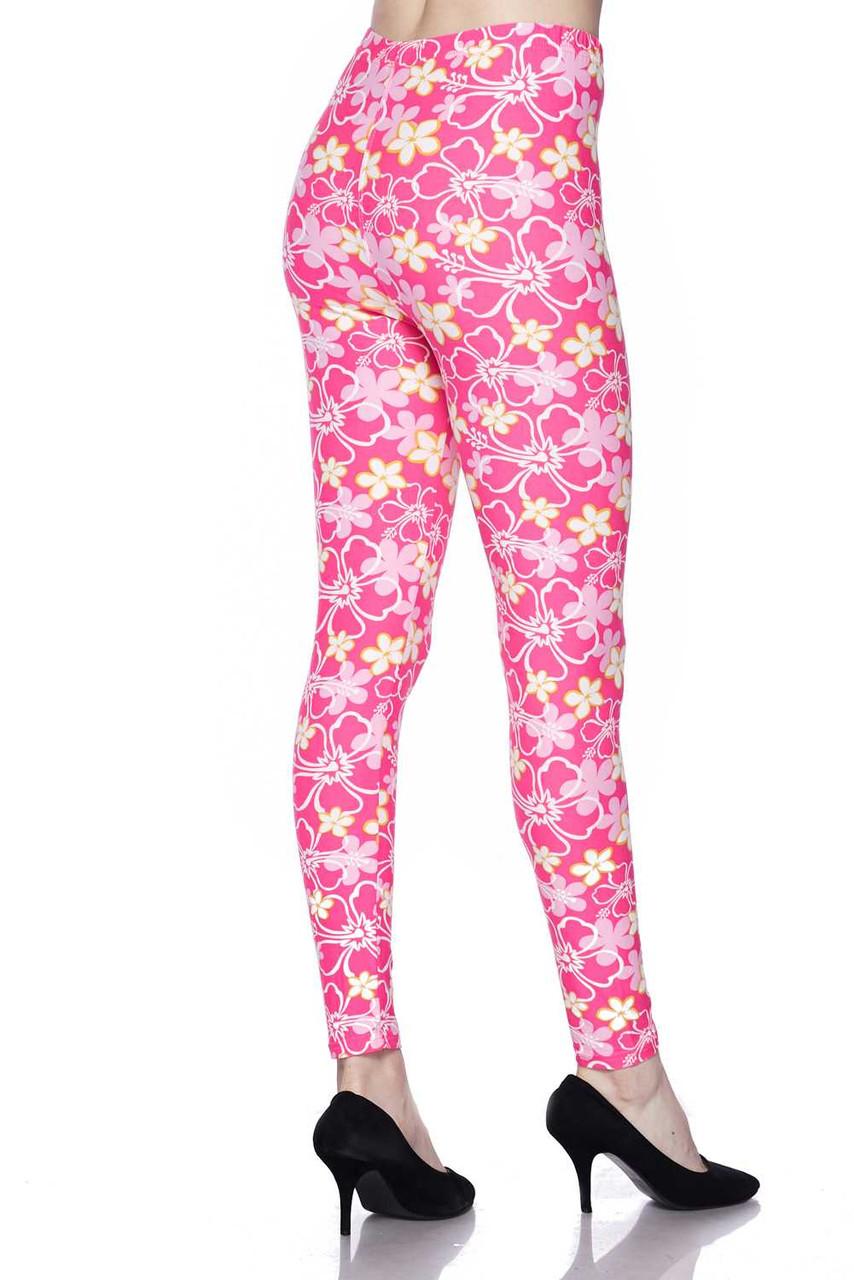Buttery Soft Pink Daisy Leggings