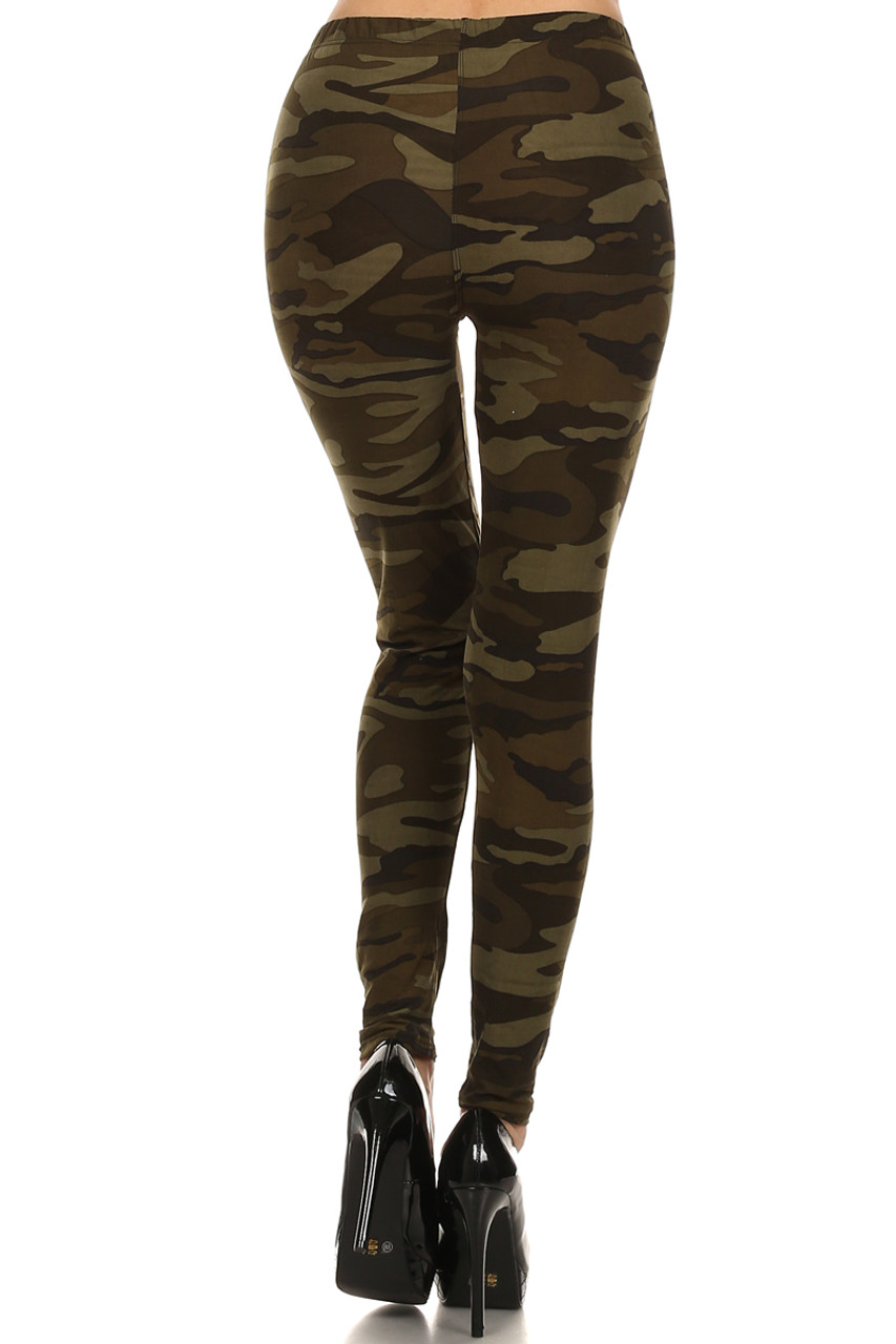 Back view image of Camouflage Fleece Lined Plus Size Winter Leggings featuring a sleek body-hugging fit.