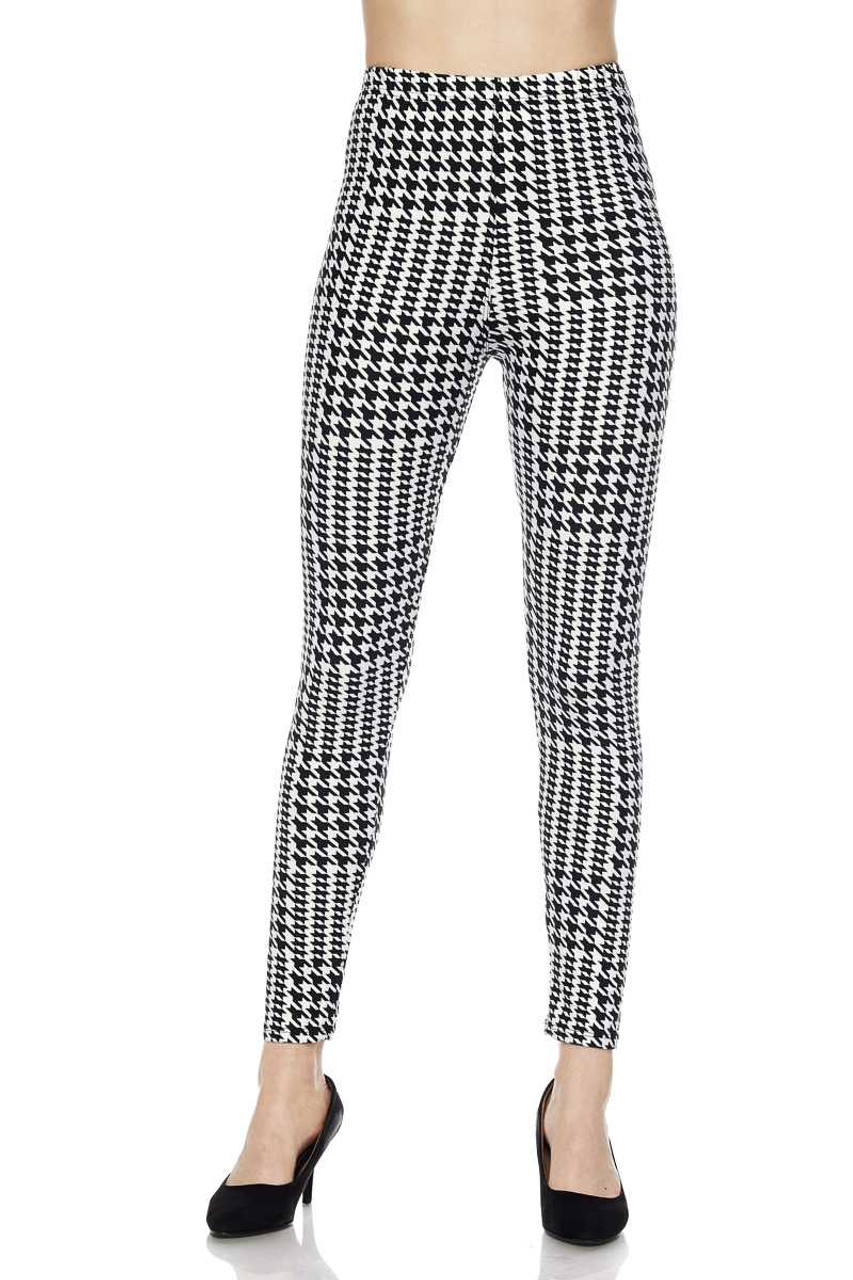 Front view image of mid rise Buttery Soft In Motion Houndstooth Plus Size Leggings with a comfort stretch elastic waist.