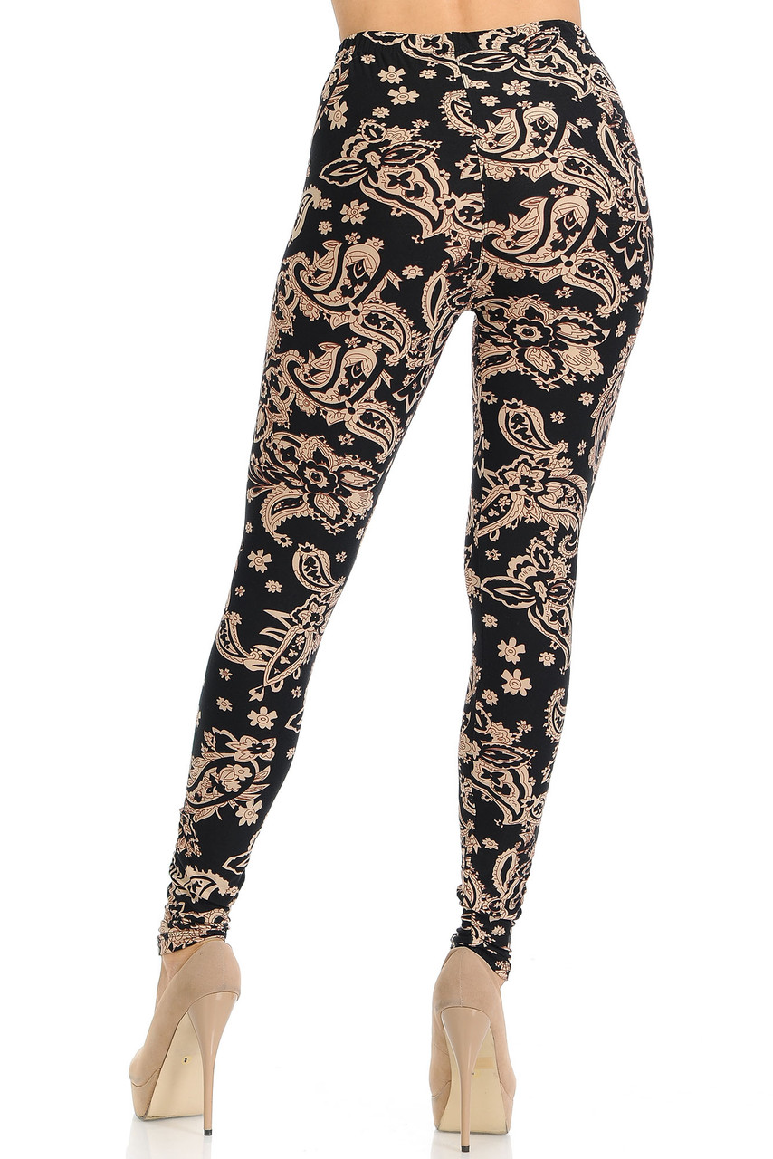 These Buttery Soft Sand Pepper Paisley Plus Size Leggings feature a neutral color scheme that pairs with a top of any color and is ideal for any season.