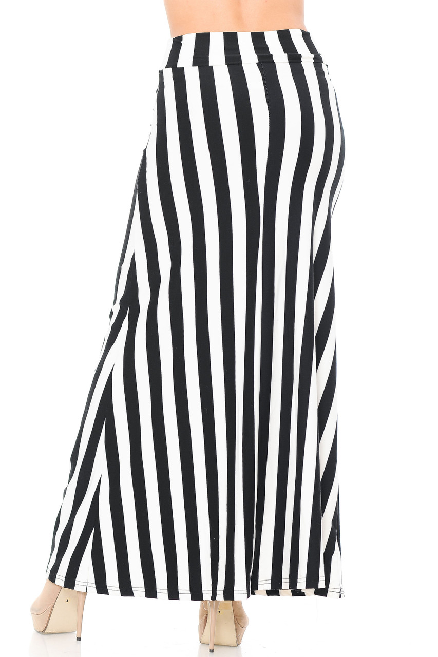 Our Buttery Soft Black and White Wide Stripe Maxi Skirt features a long length that goes below the ankle, depending on height and shoe pairing.