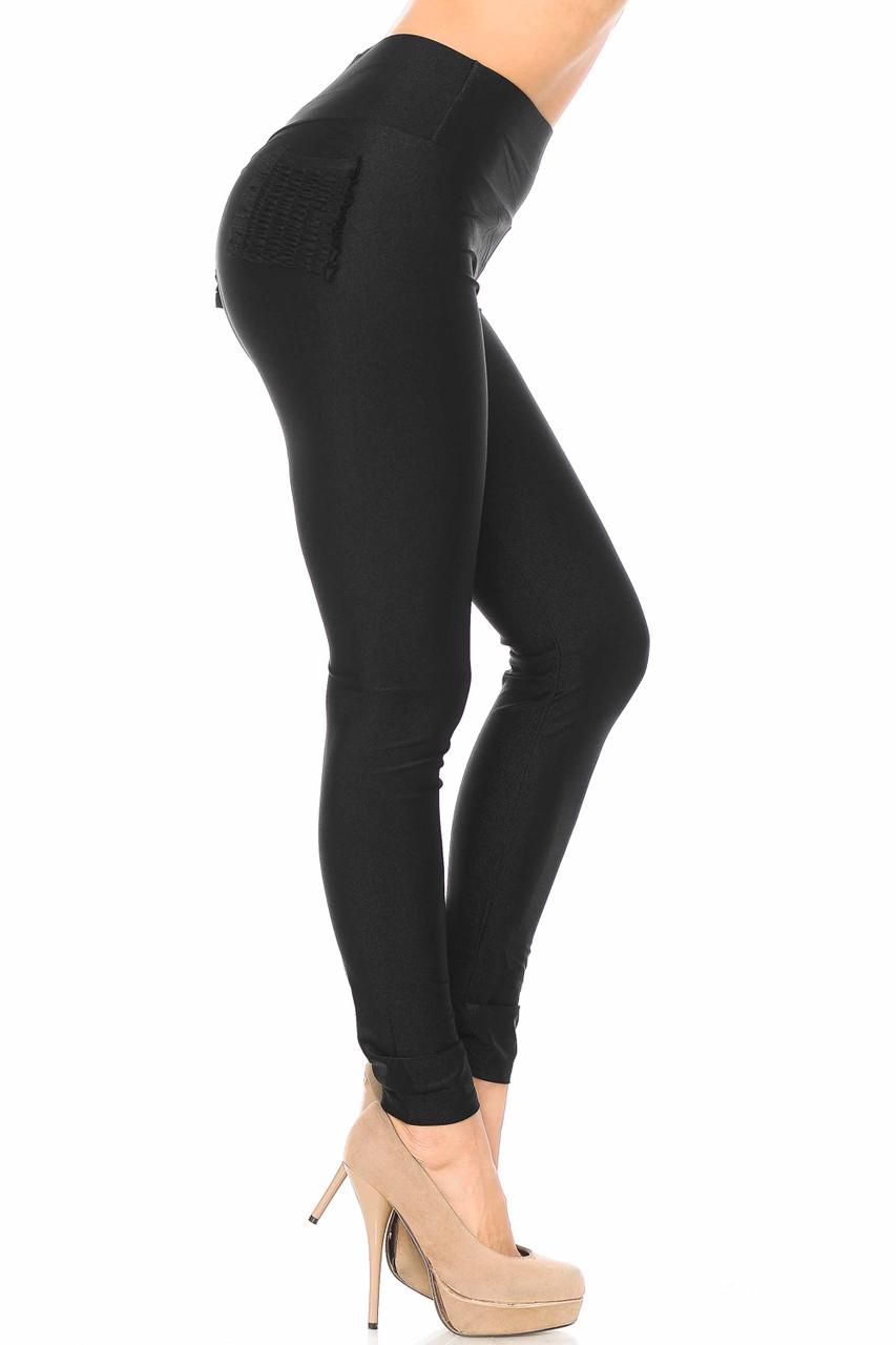 Right side view of black Furled Pocket Scrunch Butt High Waisted Leggings showcasing a light sheen.