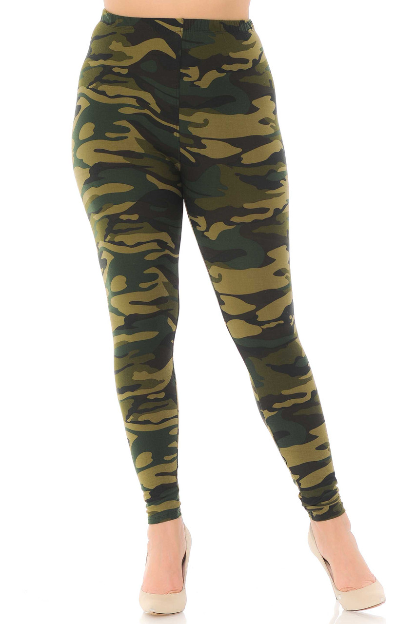 Soft army print plus size leggings with elastic waistband.