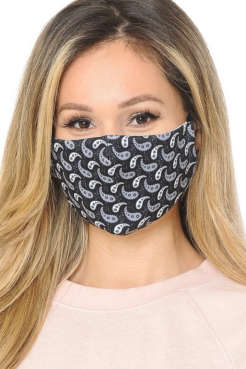 Front facing view of black and white Ying Yang Paisley Graphic Print Face Mask